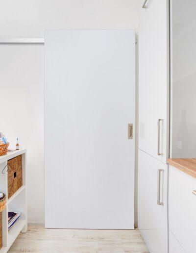 Interiérové dveře Sapeli - posuvné dveře na stěnu