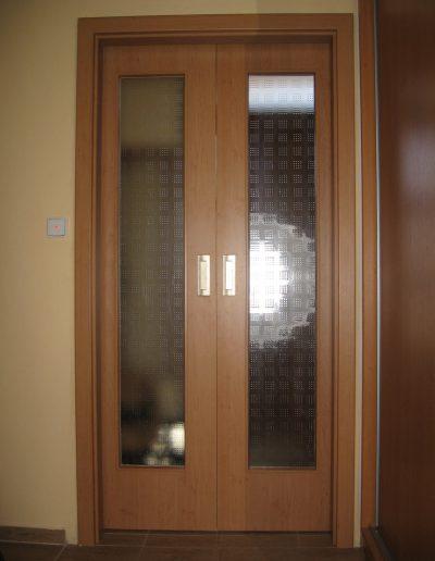 posuvné dveře od pouzdra - stavební pouzdro JAP, interiérové dveře Sapeli