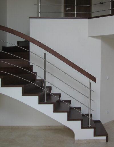 schodiště + nerez zábradlí